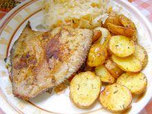 Flądra pieczona  z ziemniakami pieczonymi