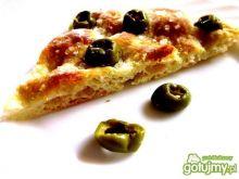 Focaccia z zielonymi oliwkami