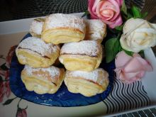 Francuskie bułeczki z serem