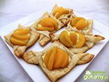 Francuskie ciasteczka z brzoskwinią