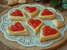 Francuskie ciasteczka z budyniem i dżemem