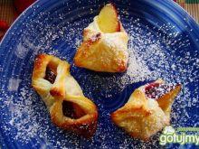 Francuskie ciasteczka z śliwką