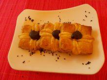 Francuskie paczuszki z sezamowym sercem.
