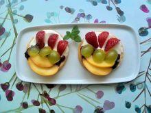 Francuskie ciastka z owocami