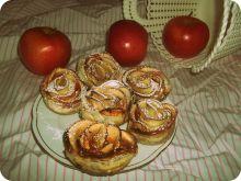 Francuskie róże z jabłkiem