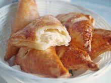 Francuskie rożki z serem