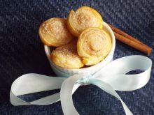Francuskie ślimaczki z cukrem i cynamonem