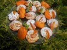 Francuskie ślimaczki z morelami