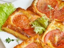 Francuskie tarty z pomidorami