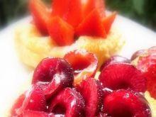 Francuskie torciki  z dżemem  i owocami