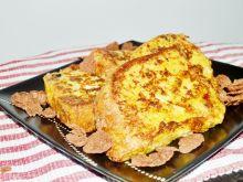 Francuskie tosty z chałki z płatkami czekoladowymi
