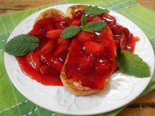 Francuskie tosty z frużeliną truskawkową