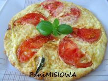 Frittata z cukinią i pomidorem