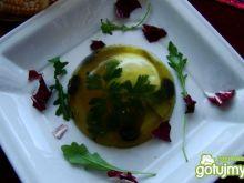 Galareta z oliwkami ,serem i jakiem
