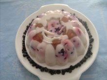 Galaretka jogurtowa z owocami