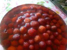 Galaretkowy torcik z truskawkami