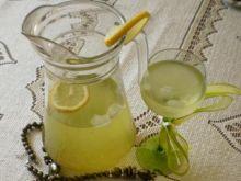 Genmaicha z lodem i cytryną :