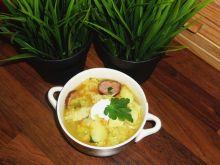 Gęsta zupa z kapusty włoskiej z kiełbasą