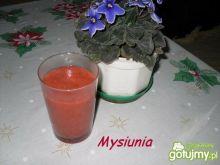 Gęsty koktajl truskawkowy