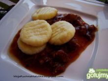 Gnocchi z mięsnym sosem