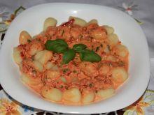 Gnocchi z paprykowym pesto