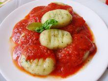 Gnocchi ziołowe w pomidorach
