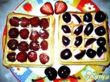Gofry-czereśniowo-truskawkowe