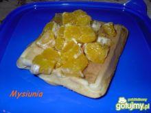 Gofry pomarańczowe z pomarańczą