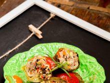 Gołąbki wiosenne z sosem pomidorowym