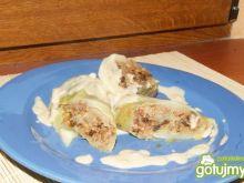 Gołąbki z kaszą gryczaną i sosem grzybow