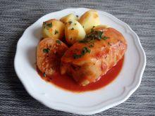 Gołąbki z mięsem mocno czosnkowe w pomidorach