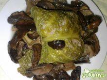 Gołąbki z mięsem, ryżem i grzybami