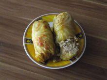 Gołąbki z młodej kapusty z kurczakiem