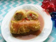 Gołąbki z ryżem, mięsem mielonym i papryką