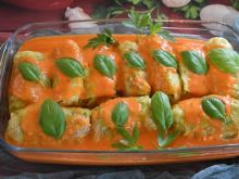 Gołąbki z serem w sosie paprykowym