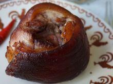 Golonka pieczona w sosie sojowym i piwie