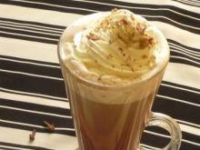 Gorąca czekolada ze śmietanką