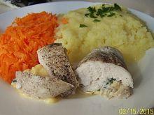 Gotowana w folii pierś z kurczaka z serem