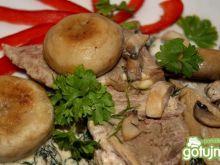 Gotowana wieprzowina w sosie