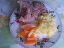 Gotowana wołowina z włoszczyzną