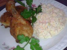 Gotowane kawałki kurczaka w panierce