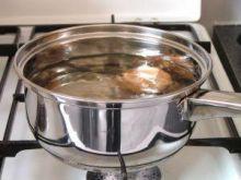Gotowanie jajek, by białko nie wypłynęło