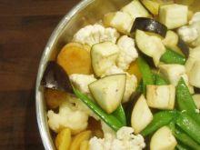 Gotowany kalafior zawsze biały