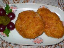 Gotowany kurczak panierowany i obsmażony