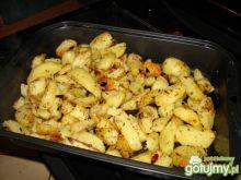 Gotowao-pieczone chrupkie ziemniaki