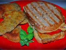 Grillowana kanapka z kanią