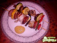Grillowane szaszłyki z kalafiorem