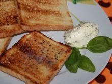 Grillowane tosty z masełkiem ziołowym