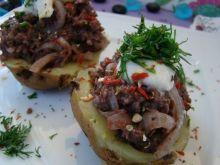 Grillowane ziemniaczki z nadzieniem z kaszanki