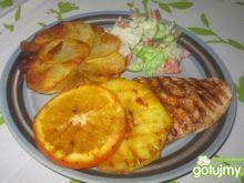 Grillowany filet z kurczaka z owocami